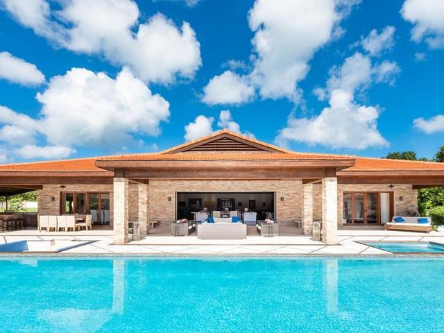 Single Family Home for Sale at Coconut, Hibiscus Drive West Lyford Cay, Nassau And Paradise Island Bahamas