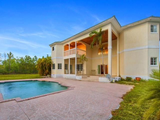 独户住宅 为 销售 在 PEARL BAY 4 BR HOME, Awesome 4 Br Pearl Bay Peral Bay, Grand Bahama 巴哈马