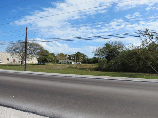 Comercial por un Venta en Commercial Acreage, Prince Charles Drive Prince Charles Drive, Nueva Providencia / Nassau Bahamas