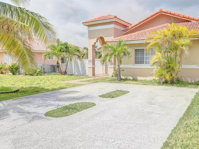 Single Family Home for Rent at Treasure Cove Treasure Cove, Yamacraw, Nassau And Paradise Island Bahamas