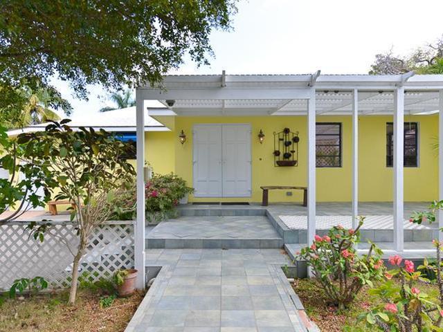 独户住宅 为 销售 在 Shirley Park Downtown, 新普罗维登斯/拿骚 巴哈马