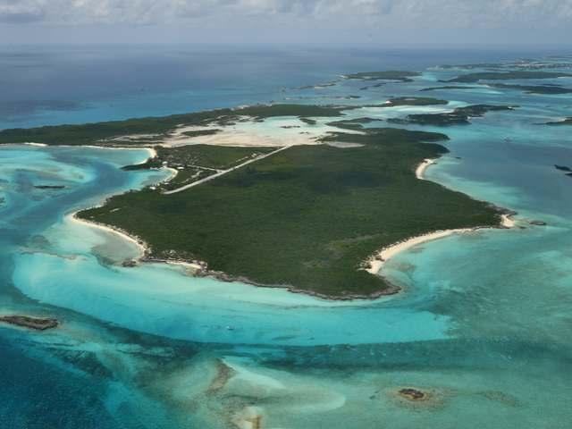 Isla privada por un Venta en Sampson Cay, Sampson Cay Exuma Cays, Exuma Bahamas