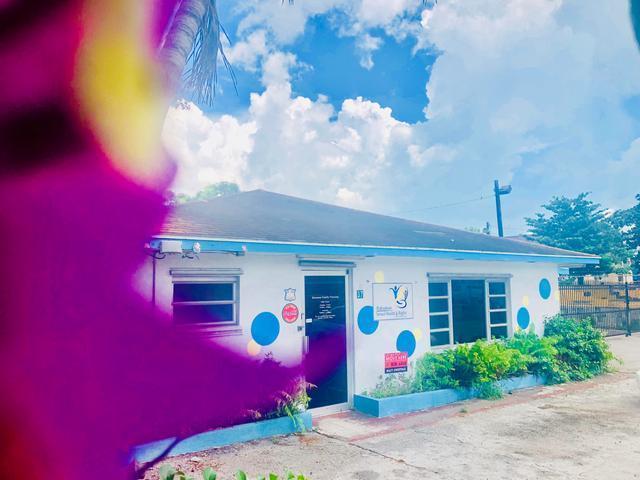 商用 为 出租 在 37 East Avenue, East Avenue Centreville, 新普罗维登斯/拿骚 巴哈马