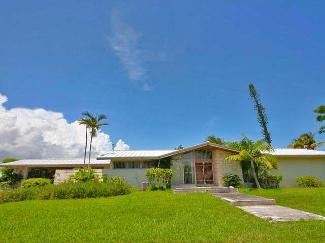 Single Family Home for Sale at Sea View Lane Lucayan Beach, Lucaya, Freeport And Grand Bahama Bahamas