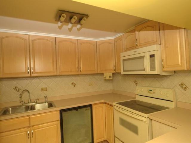 Additional photo for property listing at Two Bedroom Pilot House East Bay Street, 新普罗维登斯/拿骚 巴哈马