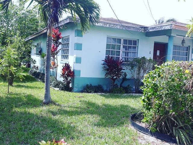 Single Family Home for Sale at Single-Family Home, Millennium Gardens Stapledon Gardens, Nassau And Paradise Island Bahamas