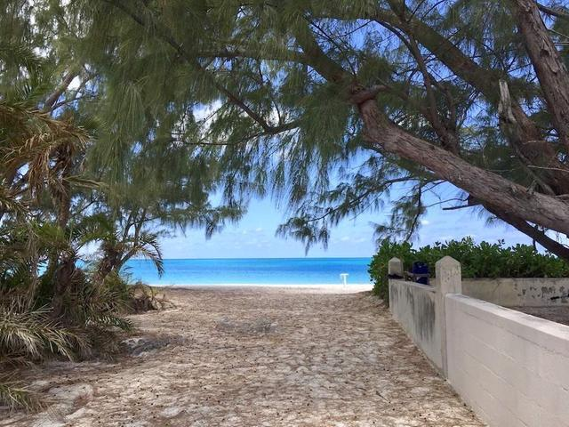 Single Family Home for Sale at Full Circle, 2/2.5 Beach Access Home Other Long Island, Long Island Bahamas