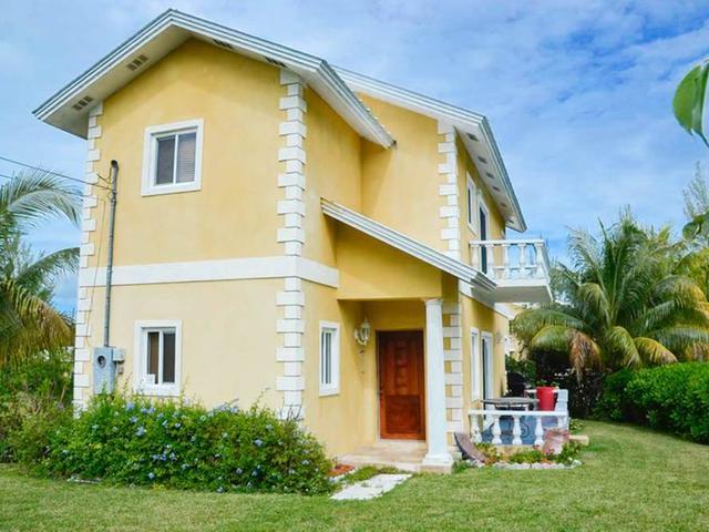 Casa Unifamiliar por un Venta en 7 Nina Circle Fortune Bay, Gran Bahama Freeport Bahamas