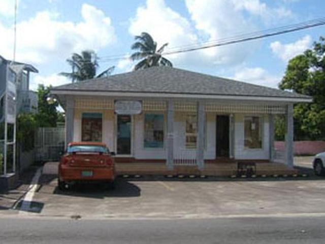 Multi-Family Home for Rent at Montrose Avenue Palmdale, Nassau And Paradise Island Bahamas