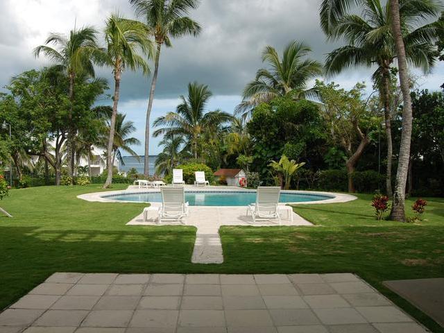 Condominio por un Alquiler en Eastwind Condominium, Paradise Island Drive Eastwind, Paradise Island, Nueva Providencia / Nassau Bahamas