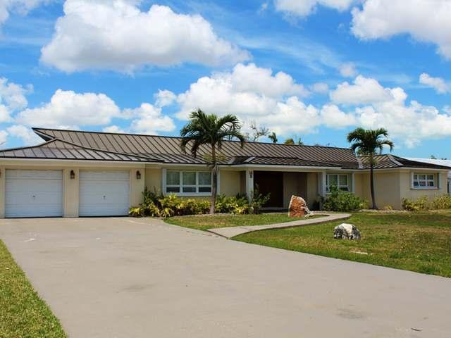 Casa Unifamiliar por un Venta en #14 Santa Maria Avenue Bahamia South, Bahamia, Gran Bahama Freeport Bahamas