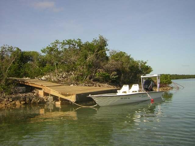 Casa Unifamiliar por un Venta en Creekside Home, Deep Creek Other Andros, Andros Bahamas