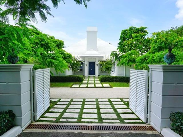 Single Family Home for Sale at Christie Terrace Lyford Cay, Nassau And Paradise Island Bahamas