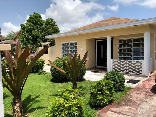 Casa Unifamiliar por un Venta en #30 Pine Yard Other New Nassau And Paradise Island, Nueva Providencia / Nassau Bahamas