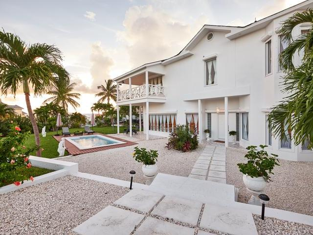 Single Family Home for Sale at Bay View Drive Bay View Drive, Paradise Island, Nassau And Paradise Island Bahamas