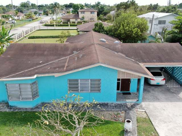 Casa Unifamiliar por un Venta en Imperial Park, Sea Breeze Sea Breeze, Nueva Providencia / Nassau Bahamas
