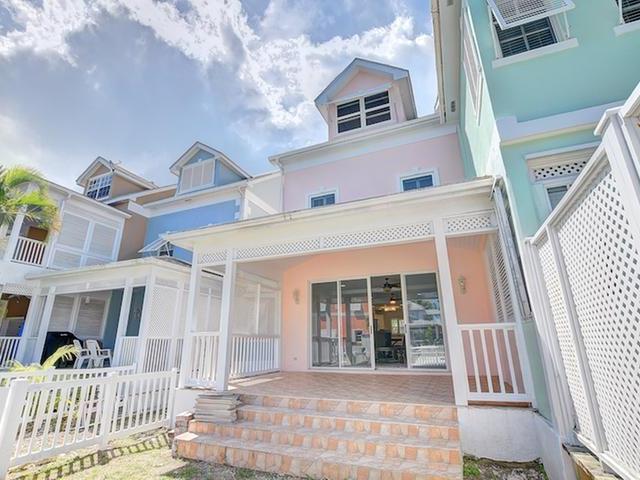Condominio por un Alquiler en Sandyport Drive 183 Cable Beach, Nueva Providencia / Nassau Bahamas