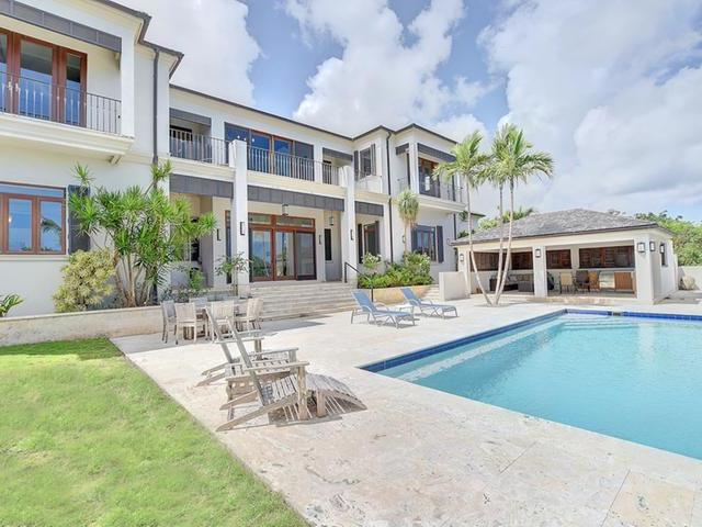 Single Family Home for Rent at 7 West Bay Street Tusculum, West Bay Street, Nassau And Paradise Island Bahamas