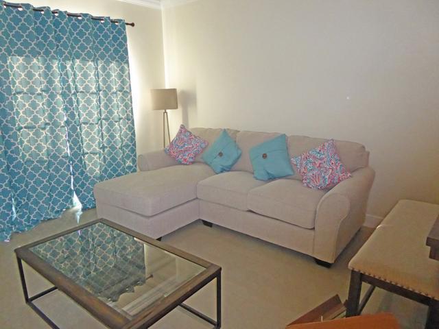 共管式独立产权公寓 为 出租 在 Venito Condo, Westridge Westridge, 新普罗维登斯/拿骚 巴哈马