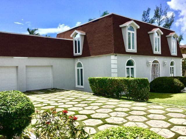 Single Family Home for Sale at Coral Harbour Home, Coral Harbour Coral Harbour, Nassau And Paradise Island Bahamas