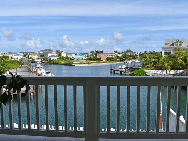 Condominio por un Alquiler en 214B Royal Palm Cay, Sandyport Drive Sandyport, Cable Beach, Nueva Providencia / Nassau Bahamas