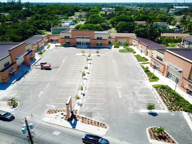 Commercial for Rent at Success Plaza, Bernard Road Bernard Road, Nassau And Paradise Island Bahamas