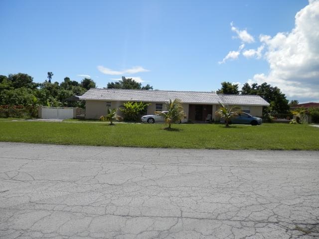 Casa Unifamiliar por un Venta en South Bahamia Home, 28 Increase Way Bahamia, Gran Bahama Freeport Bahamas