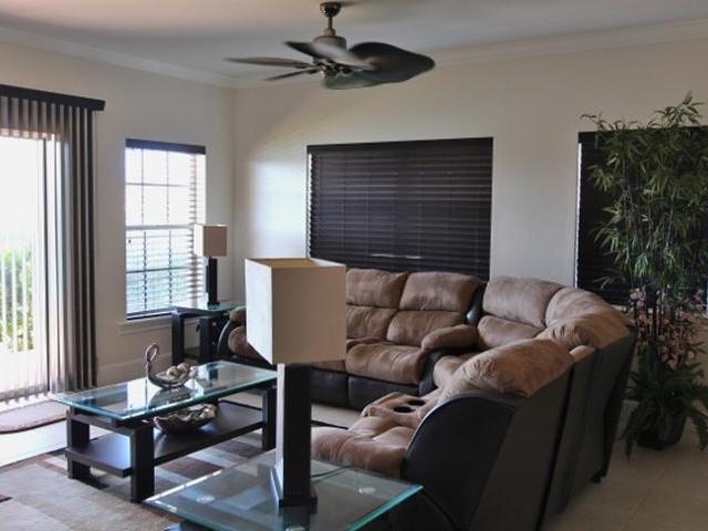 Condominio por un Venta en The Hampton, #6 Hampton Bahamia, Gran Bahama Freeport Bahamas