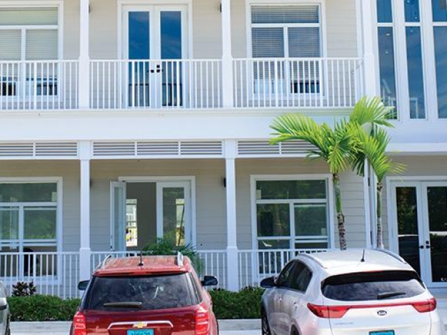Comercial por un Alquiler en The Balmoral Corporate Center Paradise Island, Nueva Providencia / Nassau Bahamas