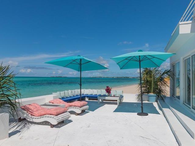 Casa Unifamiliar por un Venta en Cable Beach House Cable Beach, Nueva Providencia / Nassau Bahamas