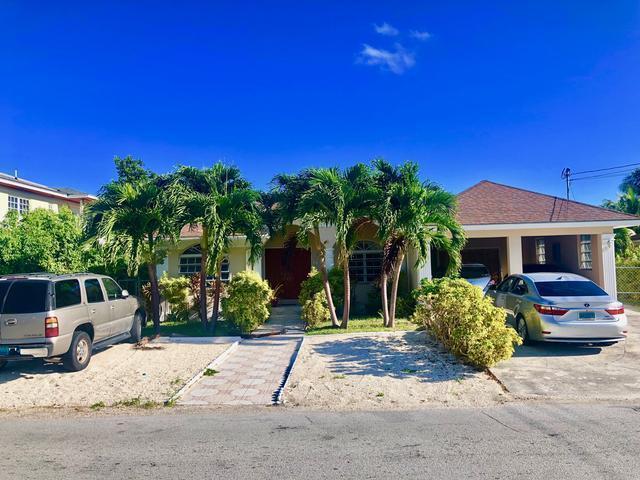 Single Family Home for Rent at Pine Avenue Gleniston Gardens, Prince Charles Drive, Nassau And Paradise Island Bahamas