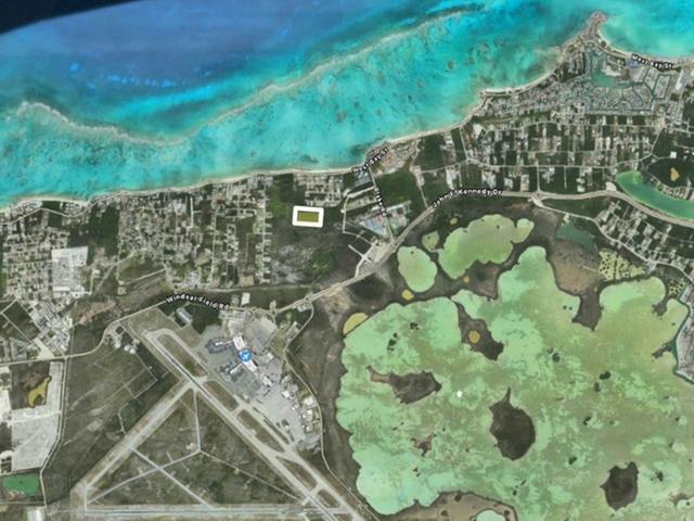 Commercial for Sale at JFK Acreage, Jfk Drive Lake Cunningham, Nassau And Paradise Island Bahamas
