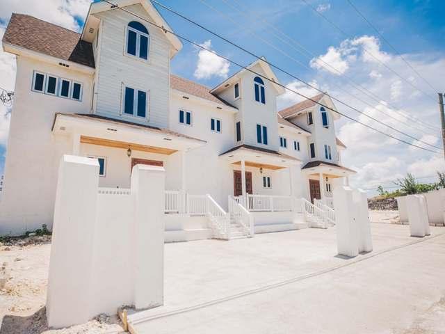 Condominio por un Alquiler en Harold Road Nassau, Nueva Providencia / Nassau Bahamas